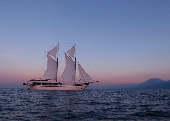 Phinisi 53 - 7 Cabins - Bali,Lombok,Komodo,Raja Ampat,East Indonesia