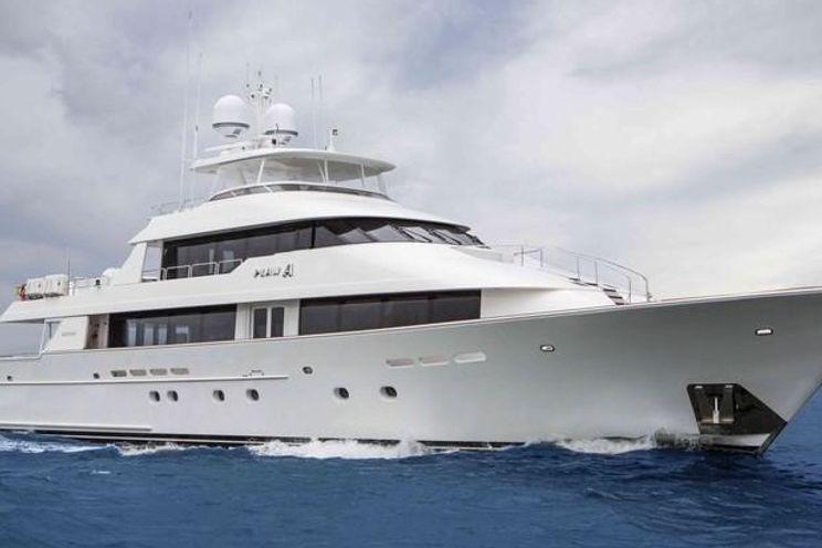 Charter Yacht PLAN A - Westport 130 - 5 Cabins - Nassau - Georgetown - Paradise Island