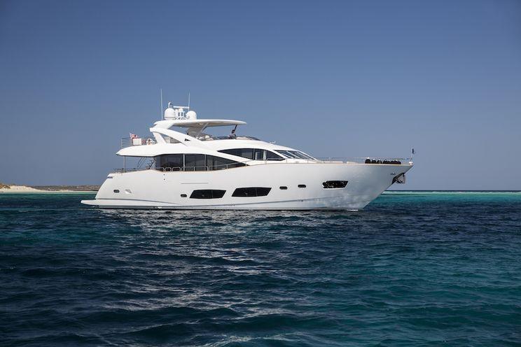 Charter Yacht PLAY THE GAME - Sunseeker 28m - 4 Cabins - Marina Ibiza - Formentera - San Antonio
