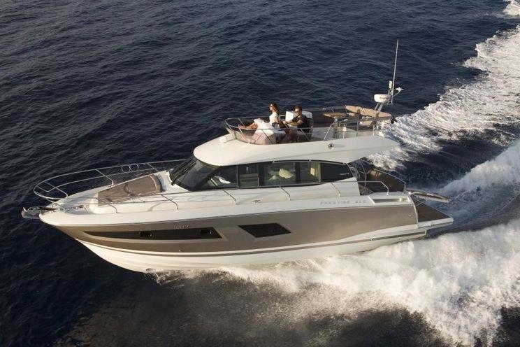 Charter Yacht Prestige 42 Fly - Day Charter Yacht - Cannes - Antibes - Monaco - St Tropez