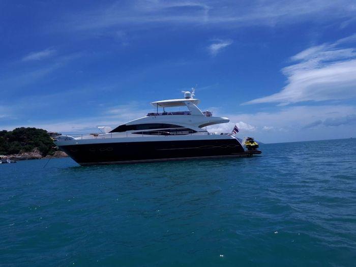 Princess 72 - Day Charter 18 Guests - 4 Cabins Liveaboard - Pattaya, Thailand
