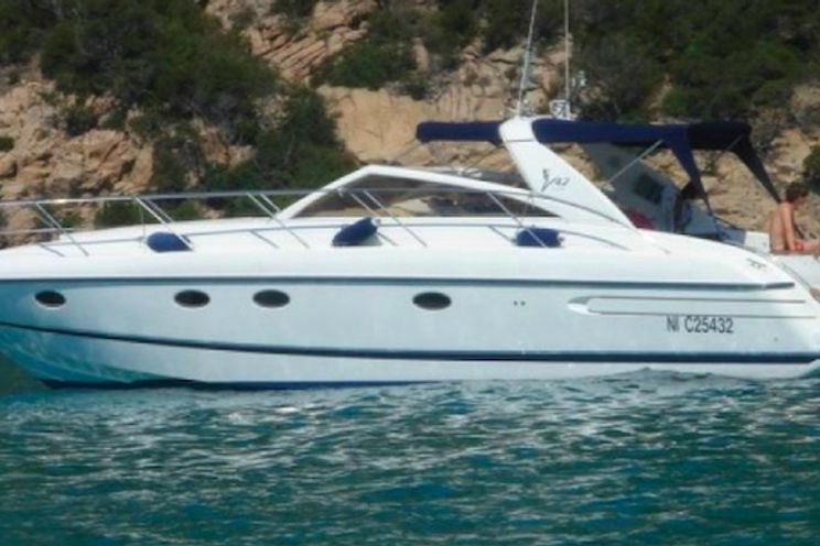 Charter Yacht Princess V42 - Day Charter - St Tropez - Port Grimaud - Cogolin