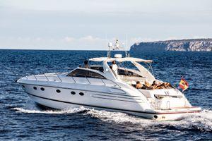 Princess V55 - Day Charter - 3 cabins (1 double 2 twin) - 2005 - St Tropez - Nice - Monoco