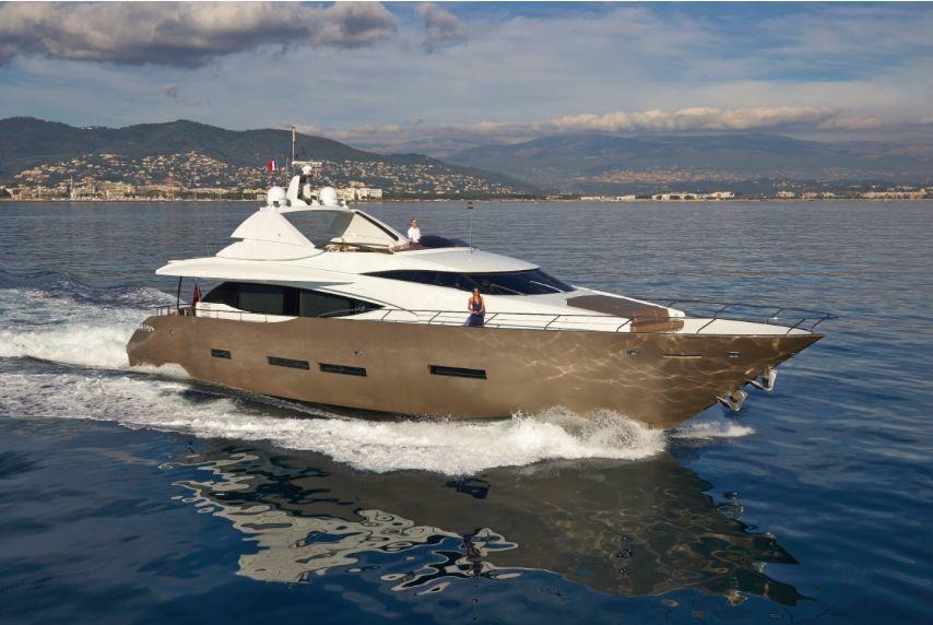 QUANTUM - Peri Yachts 29m - 4 Cabins - Villeneuve Loubet - Cannes - Antibes - Monaco