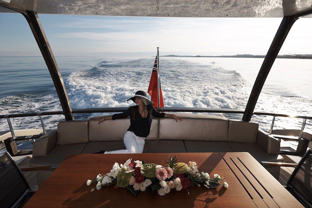 QUANTUM Motor Yacht Views
