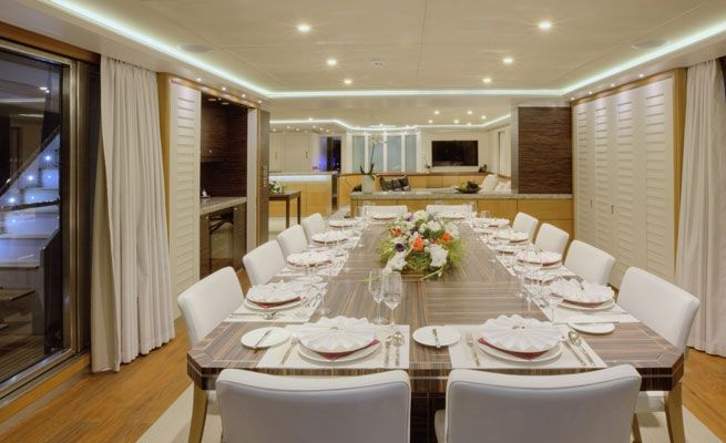 QUARANTA Curvelle 34m Luxury Superyacht Dining Room