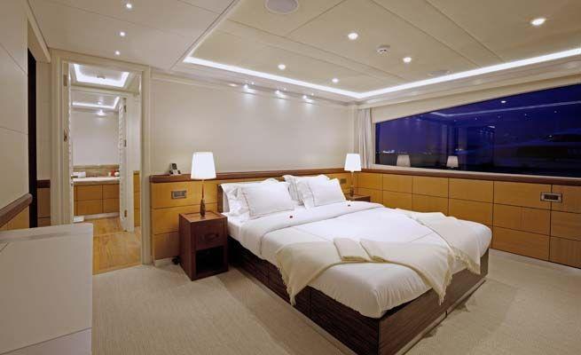 QUARANTA Curvelle 34m Luxury Superyacht VIP Cabin