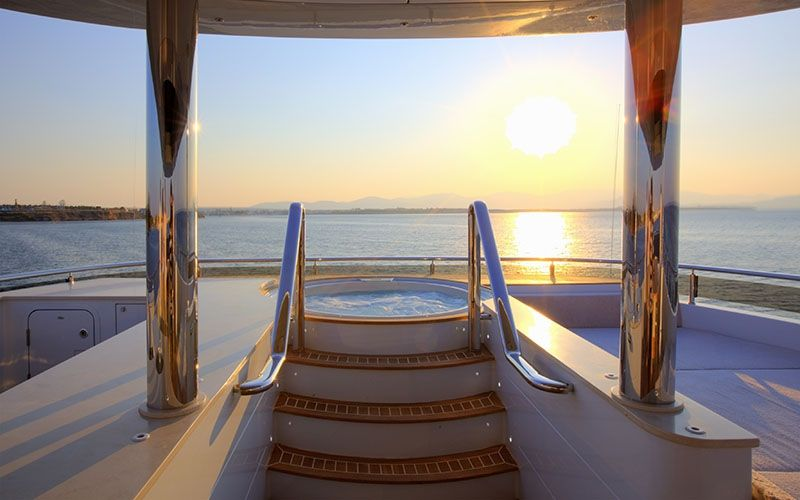 QUARANTA Curvelle 34m Luxury Superyacht Sunset Views