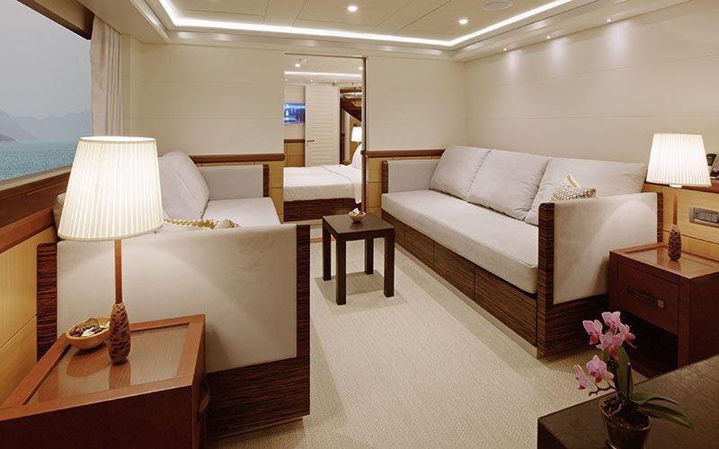 QUARANTA Curvelle 34m Luxury Superyacht Saloon
