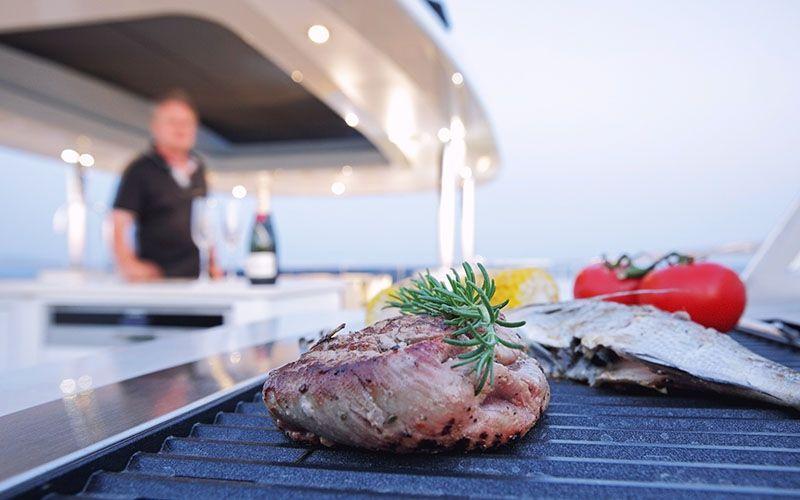 QUARANTA Curvelle 34m Luxury Superyacht Exquisite Dining