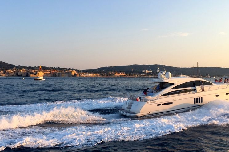 Charter Yacht R&B - Princess V70 - St Tropez - Cogolin - Port Grimaud - St Maxime