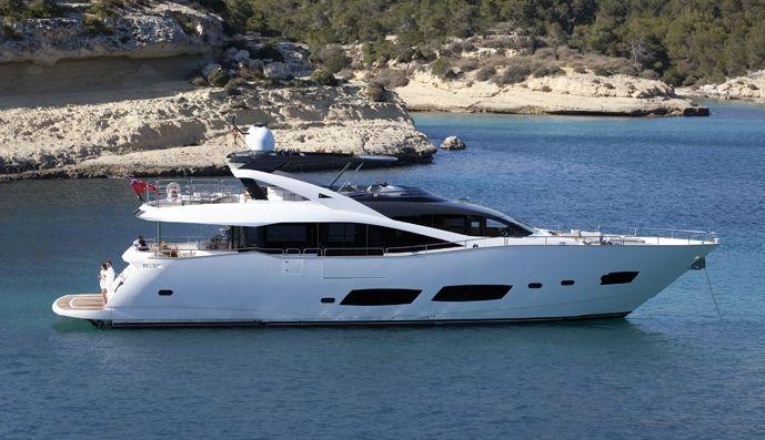 RAY III - Sunseeker 28m - 4 Cabins - Cannes - Monaco - St Tropez