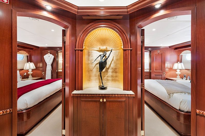 RELENTLESS Trinity 145 Luxury Superyacht Foyer