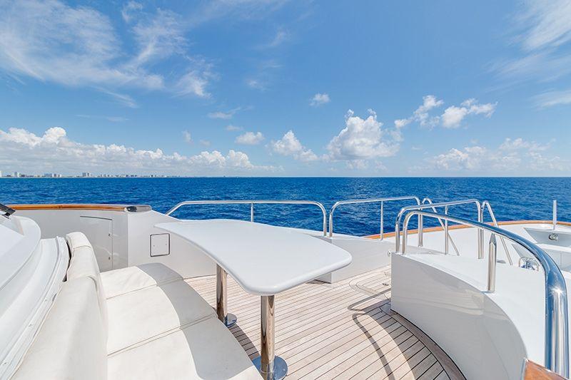 RELENTLESS Trinity 145 Luxury Superyacht Sun Deck