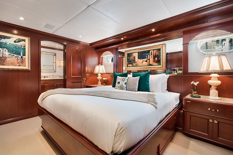 RELENTLESS Trinity 145 Luxury Superyacht Guest Cabin