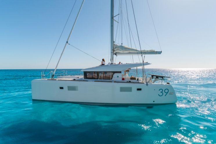 Charter Yacht Lagoon 39 - 4 Cabins - Port Pin Rolland - Bonifacio - Cannes - Toulon