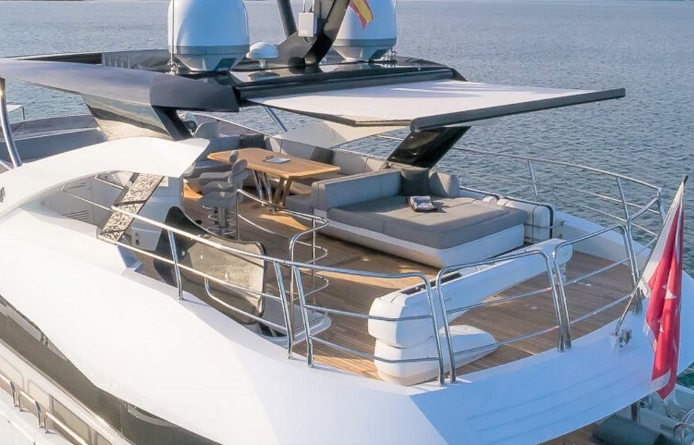 Sunseeker 86 Yacht RUSH X Fly