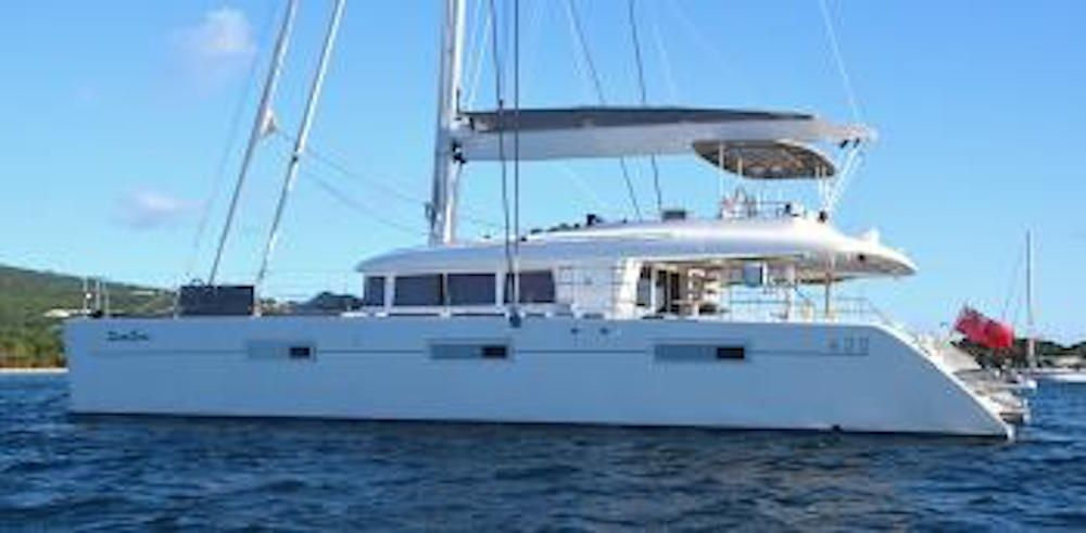 SanDISEAS - Lagoon 62 - Anchored 2
