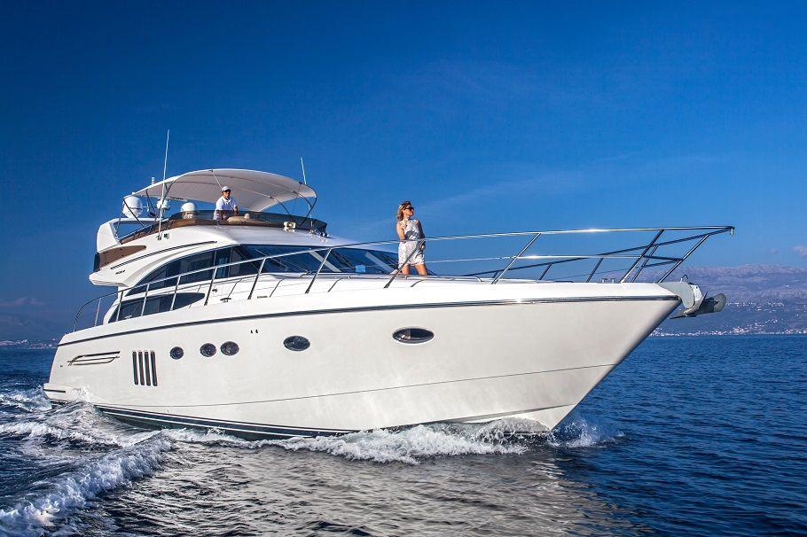 SASSY - Princess 62 - 4 Cabins - Split - Trogir - Dubrovnik - Hvar - Croatia
