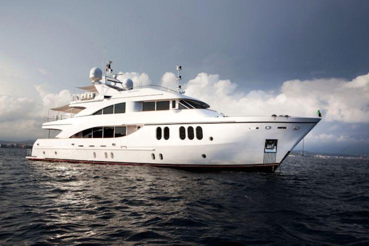 Charter Yacht SEA SHELL - Fittipaldi 34m - 5 Cabins - Cannes - Monaco - Antibes - Porto Cervo - Bonifacio