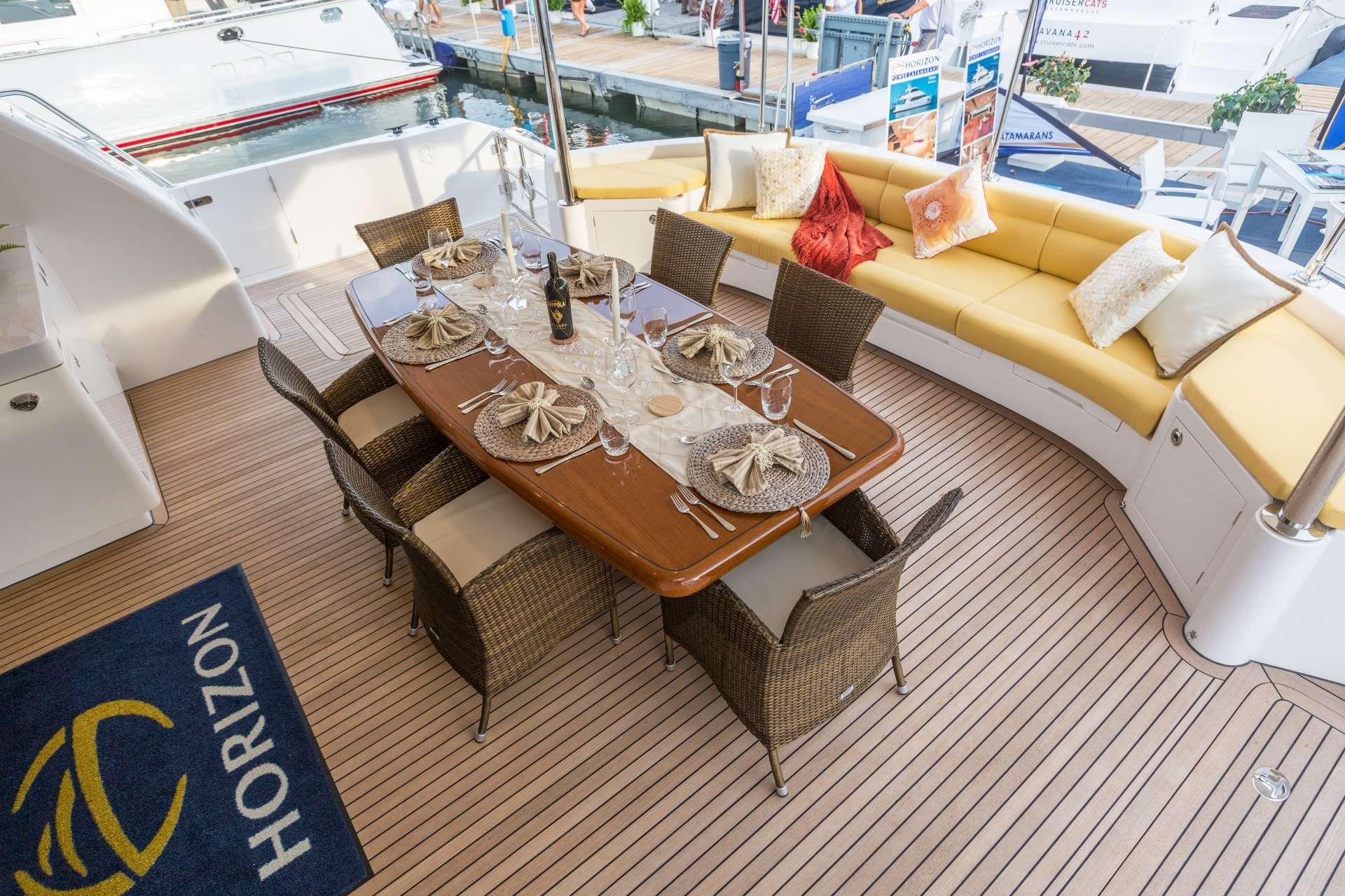 Horizon 60 SEA BOSS Dining