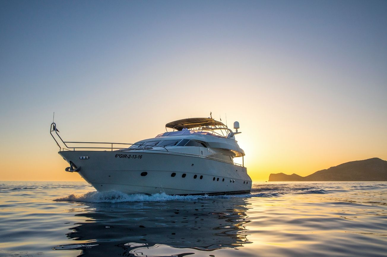 SERAPH Mochi Craft Crewed Motoryacht Palma Sunset