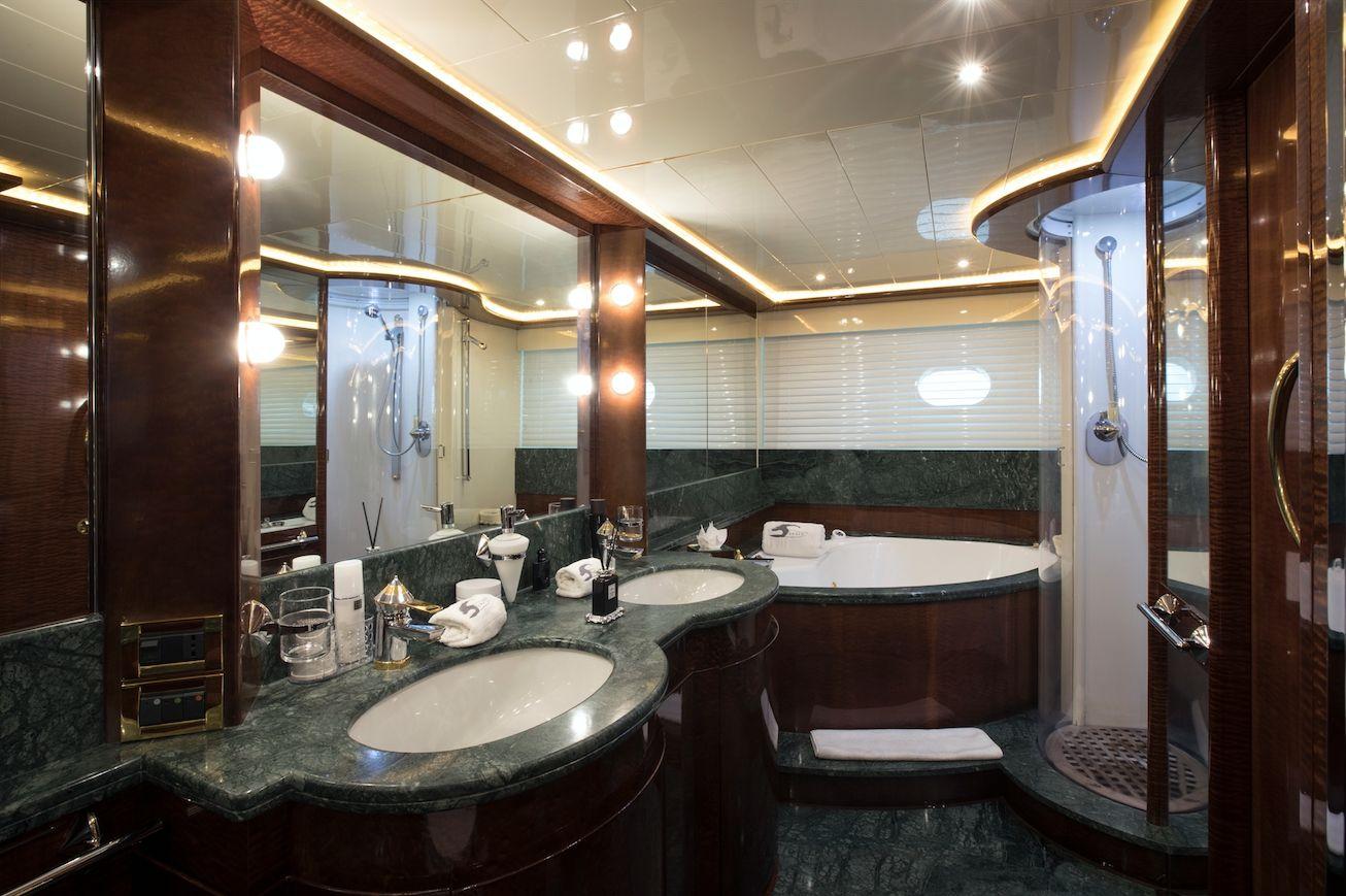 SERAPH Mochi Craft Crewed Motoryacht Master Bathroom