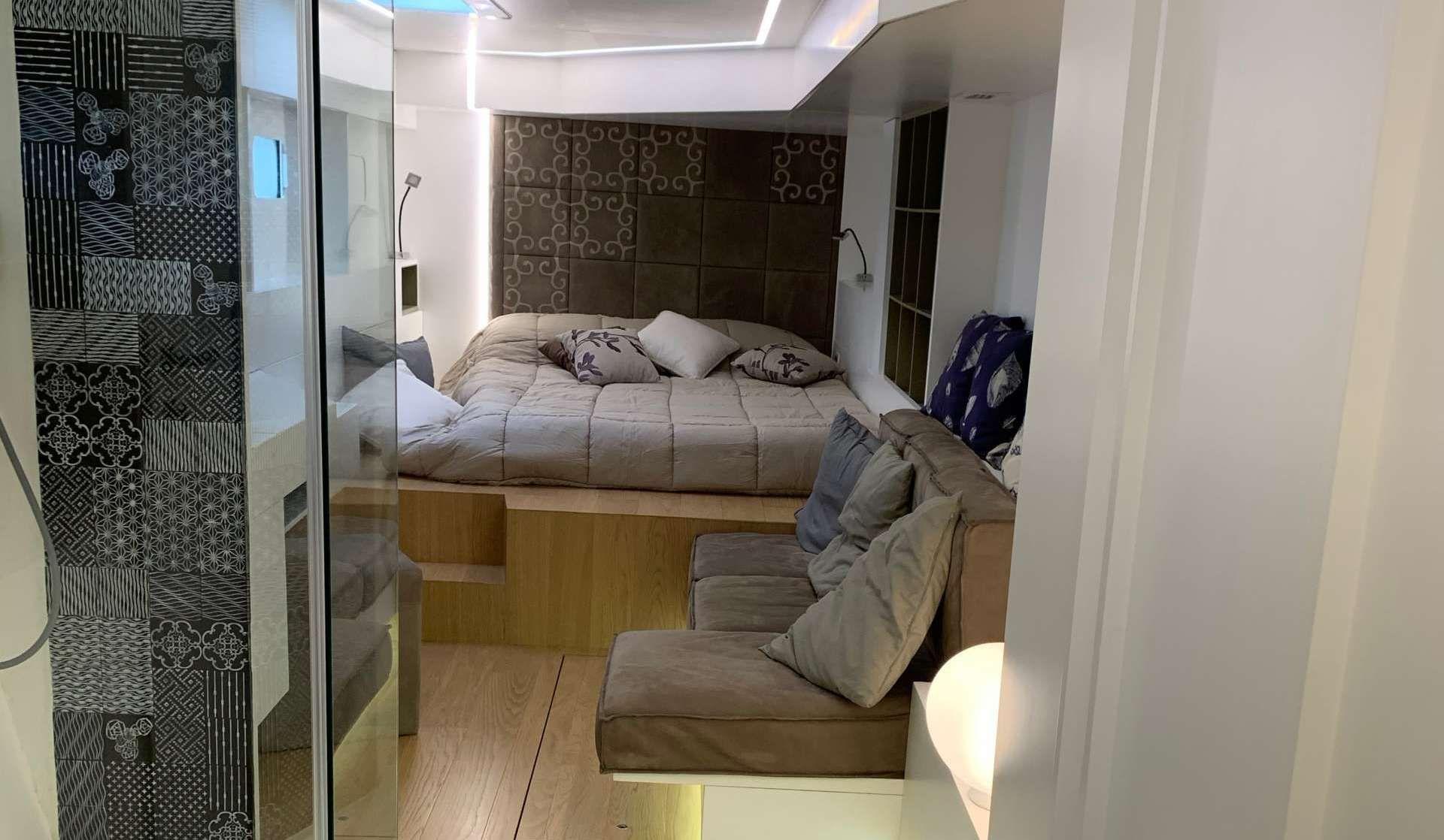 SET ONE Cabin