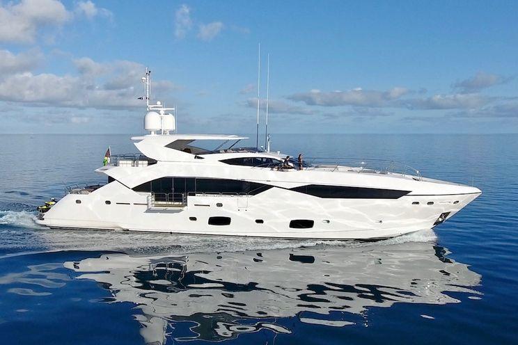 Charter Yacht SETTLEMENT - Sunseeker 115 Sports Yacht - 5 Cabins - Sydney - Whitsundays - Hamilton Island
