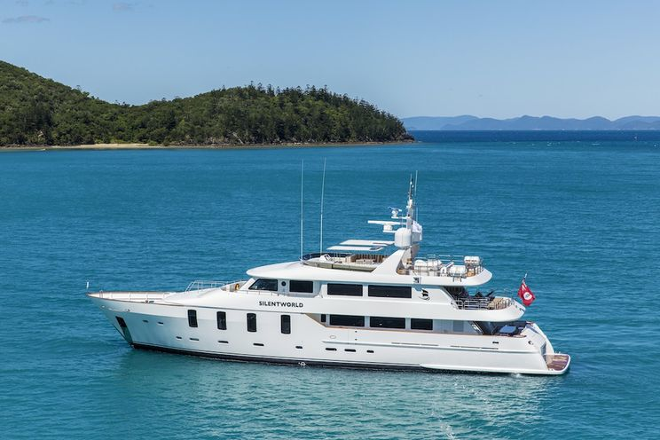 Charter Yacht SILENTWORLD - Astilleros M. Cies 129 - 6 Cabins - Australia - Whitsundays - Fiji - Tahiti