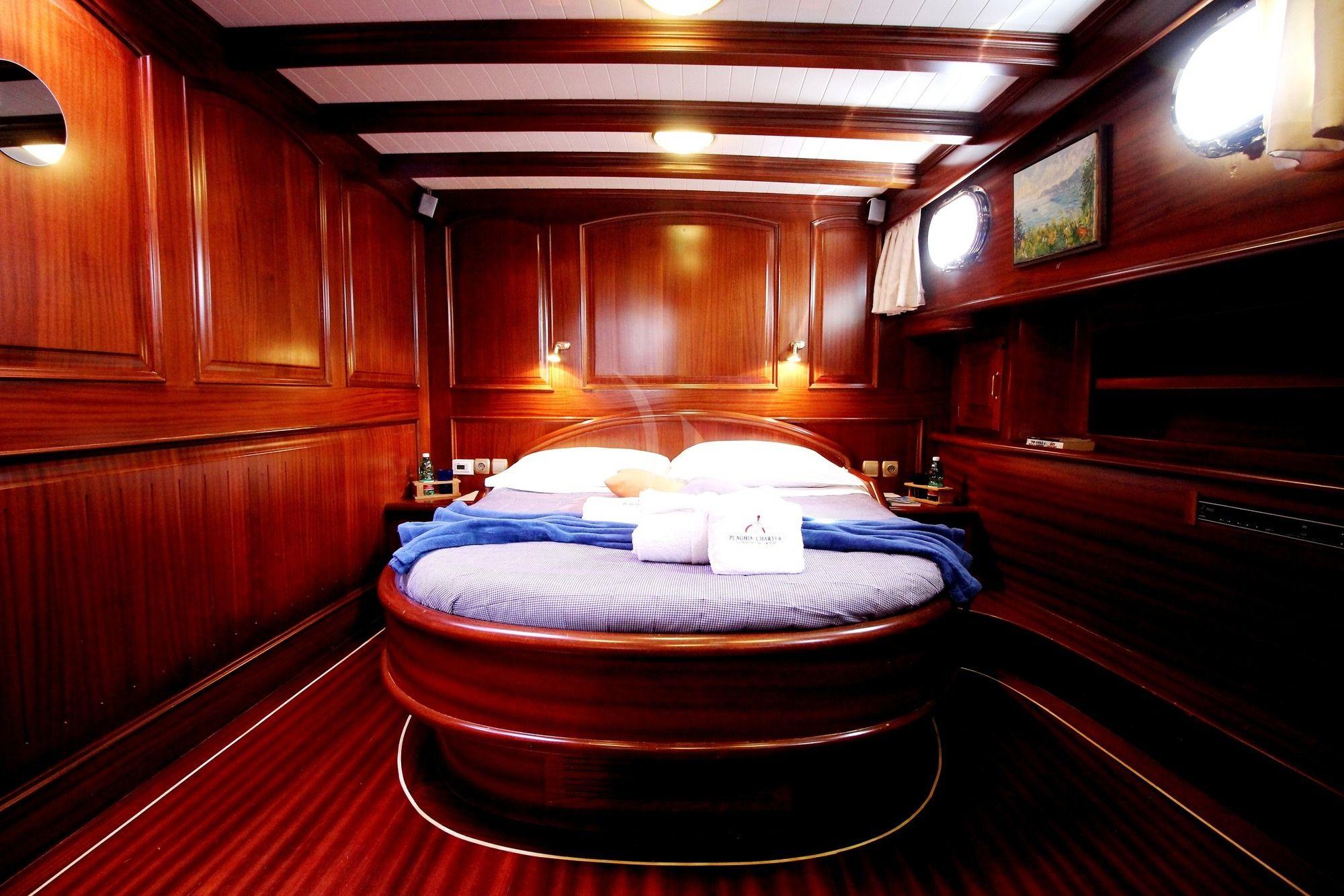 SILVER STAR Amalfi Coast Gulet Charter VIP