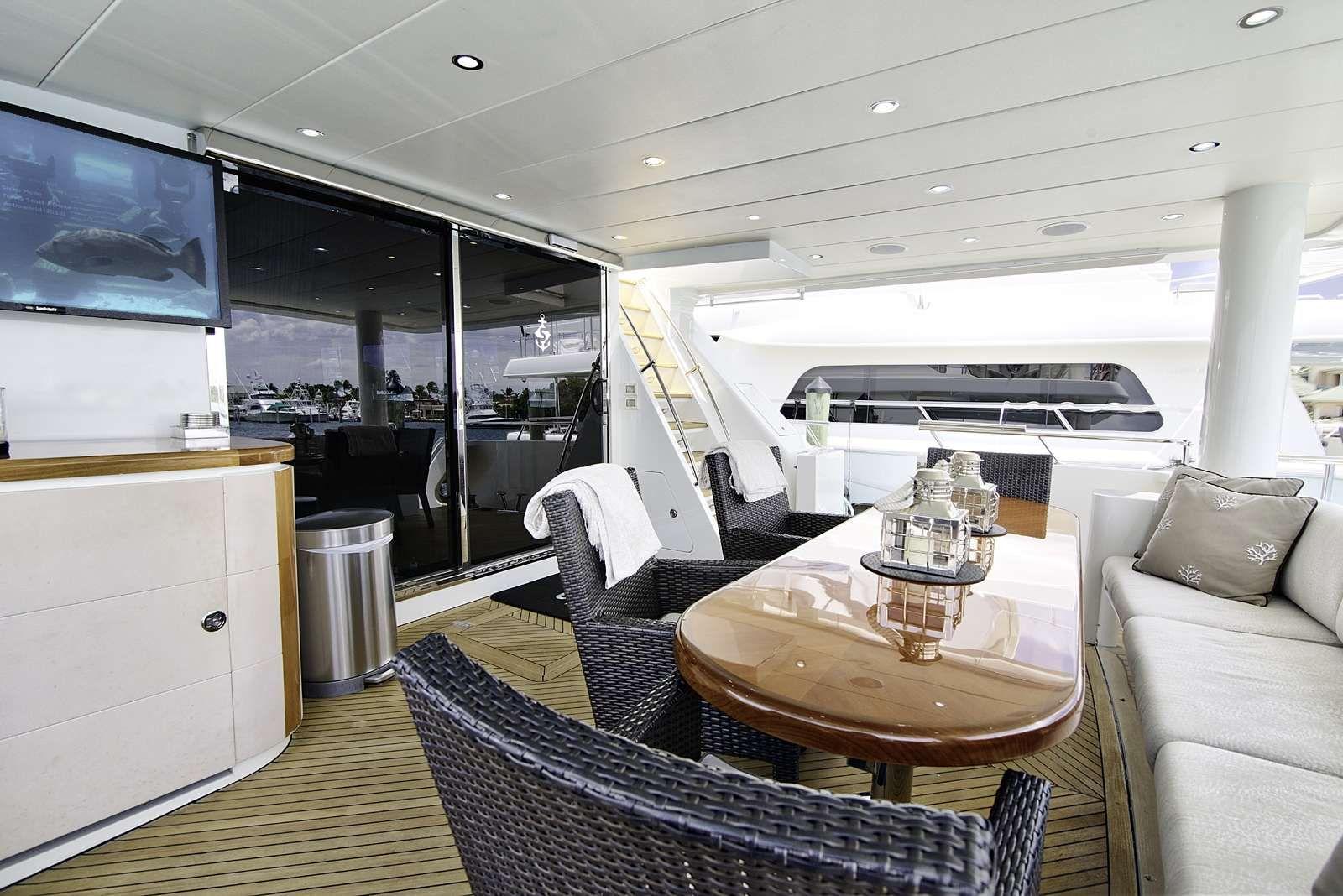 STERLING V Yacht Aft Dining