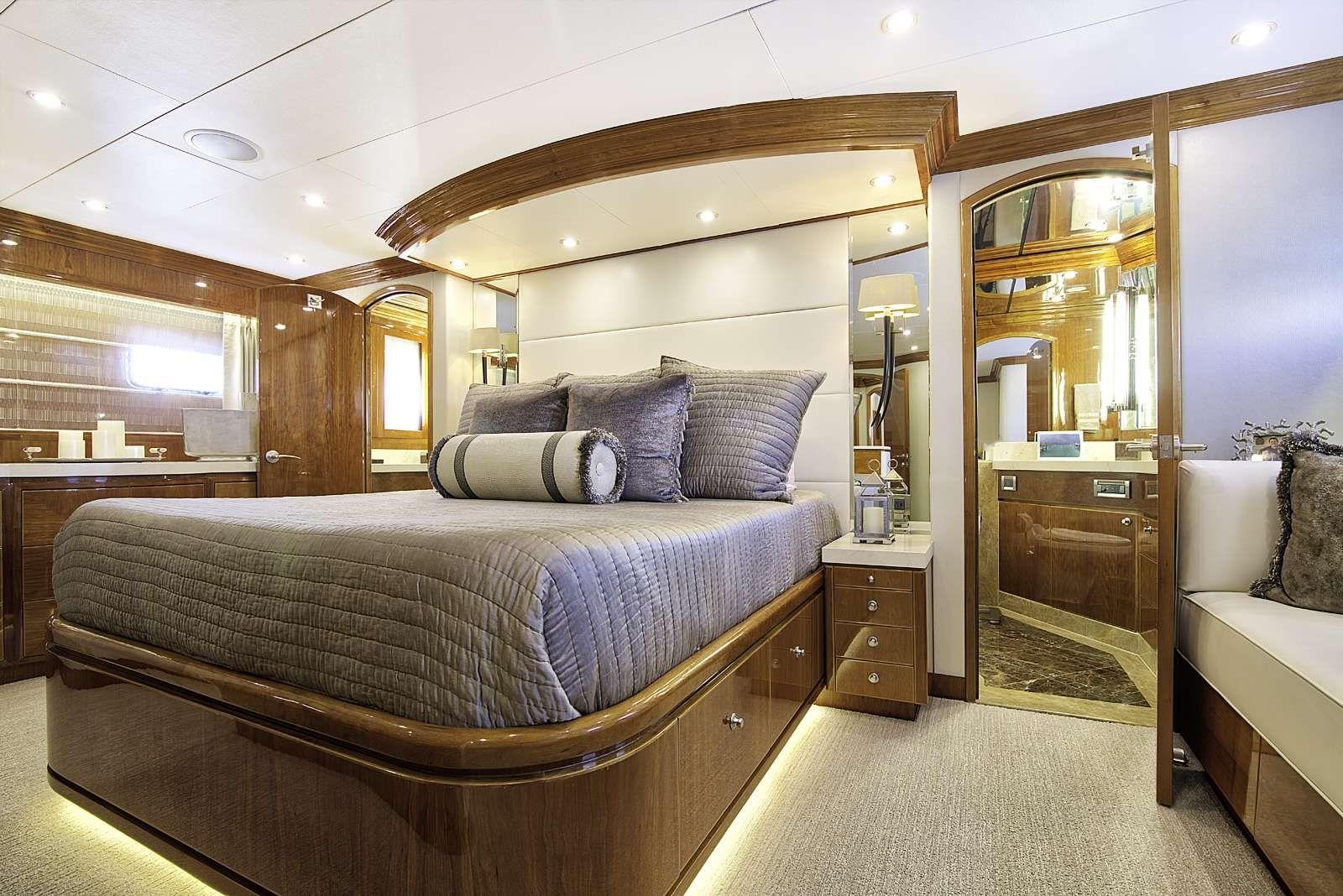 STERLING V Yacht Master Stateroom