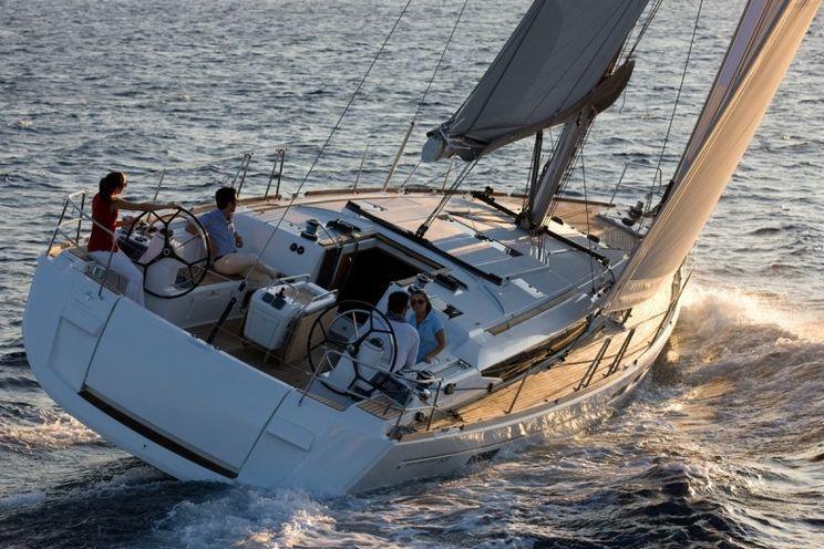 Charter Yacht XERES