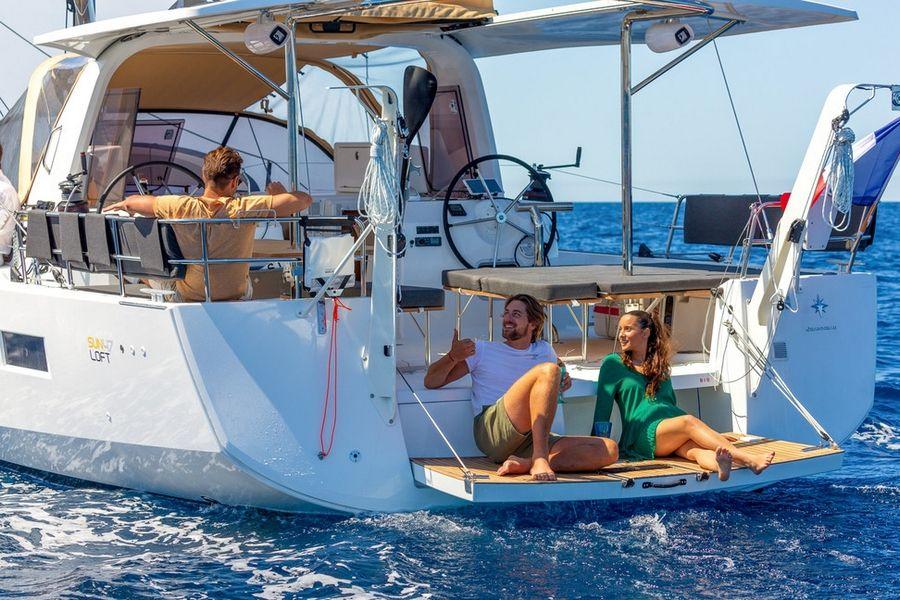 Jeanneau Sun Odyssey 46.1 Aft Deck
