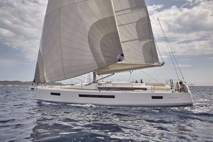 Charter Yacht Sun Odyssey 490 - 4 + 1 cabins(4 double 1 single)- 2019 - Athens