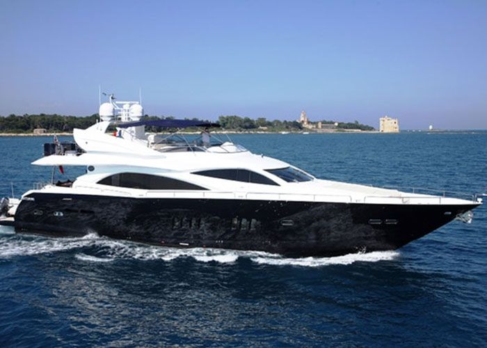 Sunseeker 90 - Day Charter for 15 Guests or 4 Cabins Live Aboard - Phuket, Thailand