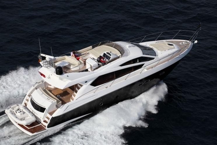 Charter Yacht Sunseeker Manhattan 65 - 3 Cabins - Cancun - Isla Mujeres - Playa Del Carmen