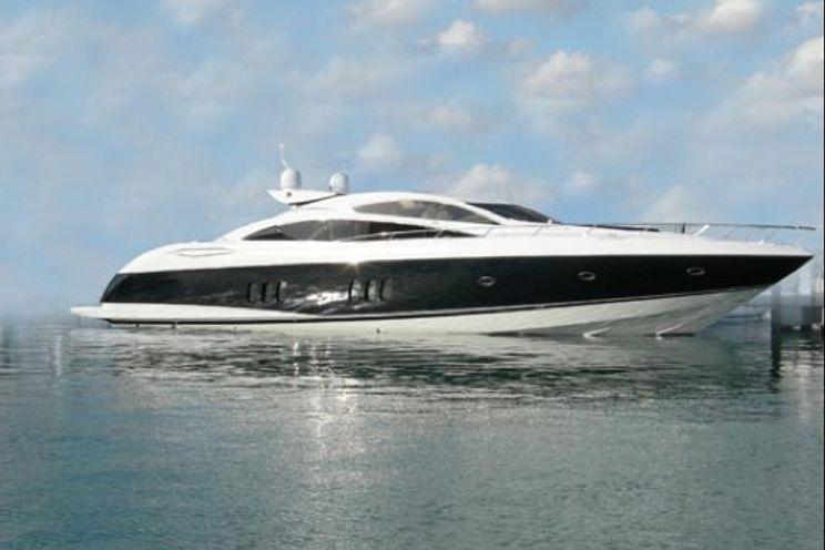 Charter Yacht Sunseeker Predator 82 - 4 Cabins - Cancun - Isla Mujeres - Playa Del Carmen