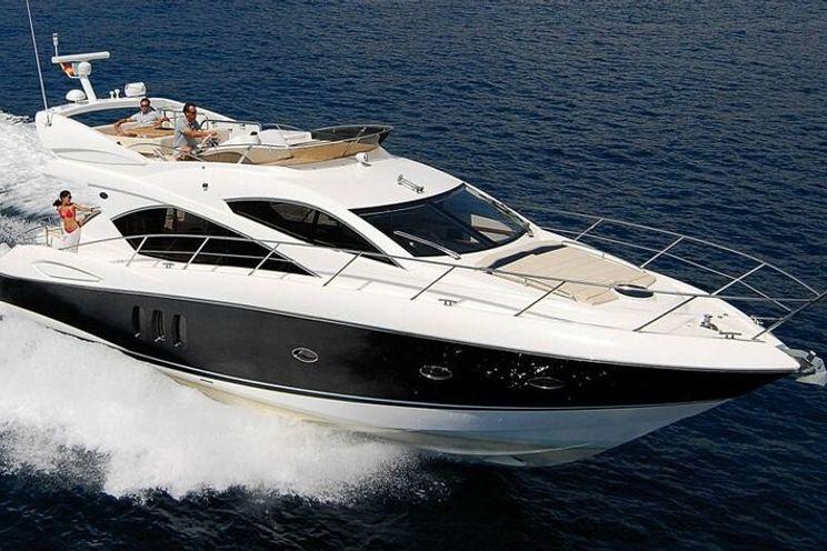 Charter Yacht Sunseeker Manhattan 60 - Day Charter up to 12 people - 3 cabins - Croatia - Split