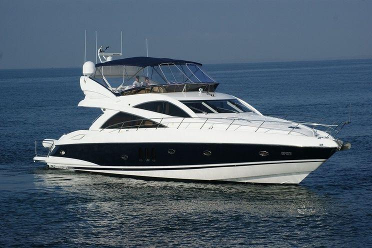 Charter Yacht Sunseeker Manhattan 66 - Cannes - Antibes - St Tropez - Monaco