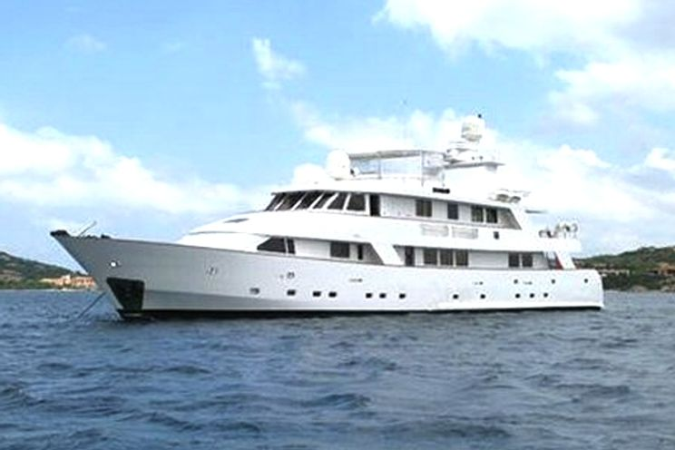 Charter Yacht SUPERFUN - Cantieri Rossato 40m - 5 Cabins - France - Monaco - Italy