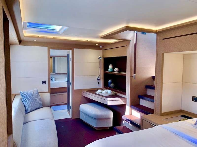 master cabin seating area