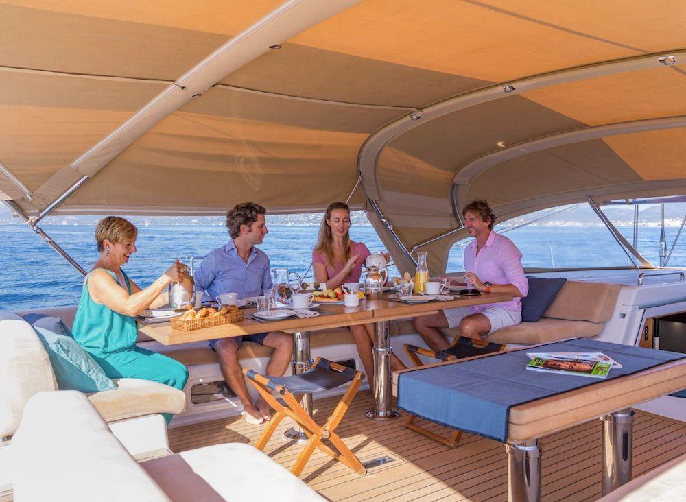 Boatbookings THALIMA Sailing Yacht Breakfast