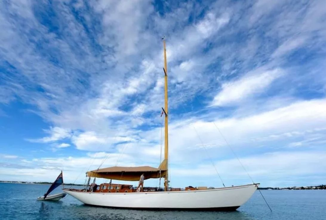 THE BLUE PETER Classic Yacht