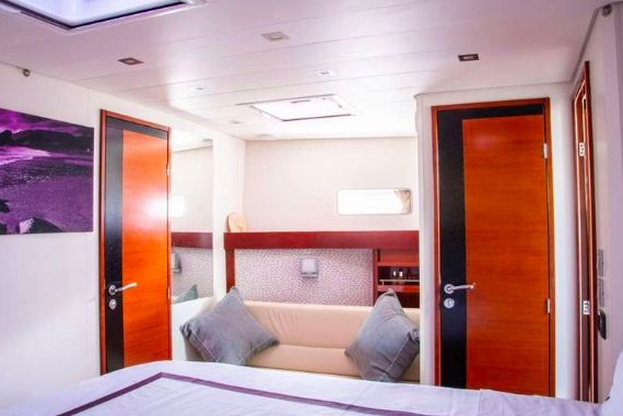 THEIA OF LONDON - Master cabin
