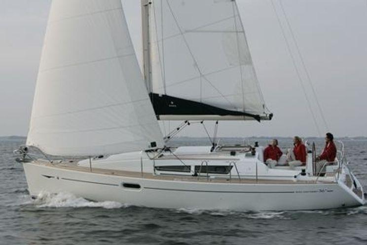 Charter Yacht Sun Odyssey 36i - 3 Cabins - Grenada