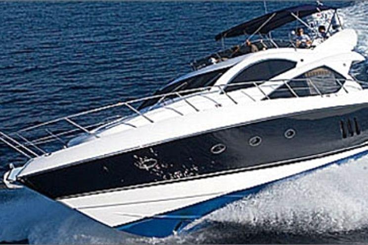 Charter Yacht TIGERFEET - Sunseeker Manhattan 60 - 3 Cabins - La Napoule - Cannes - St Tropez
