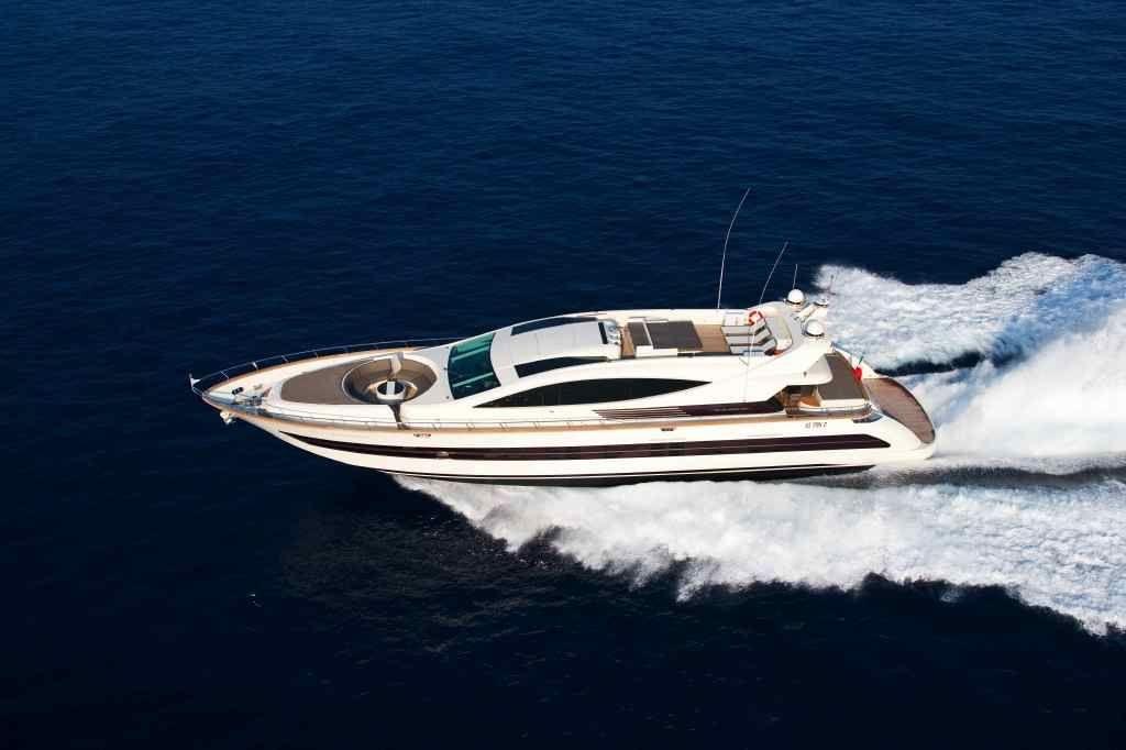 TOBY Cerri Flying Sport 102 Luxury Motoryacht Running