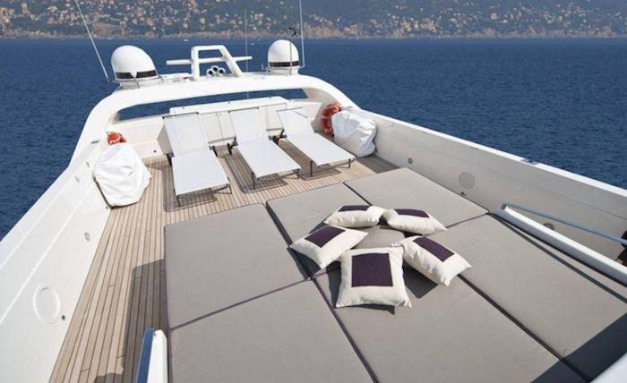 TOBY Cerri Flying Sport 102 Luxury Motoryacht Sun Deck